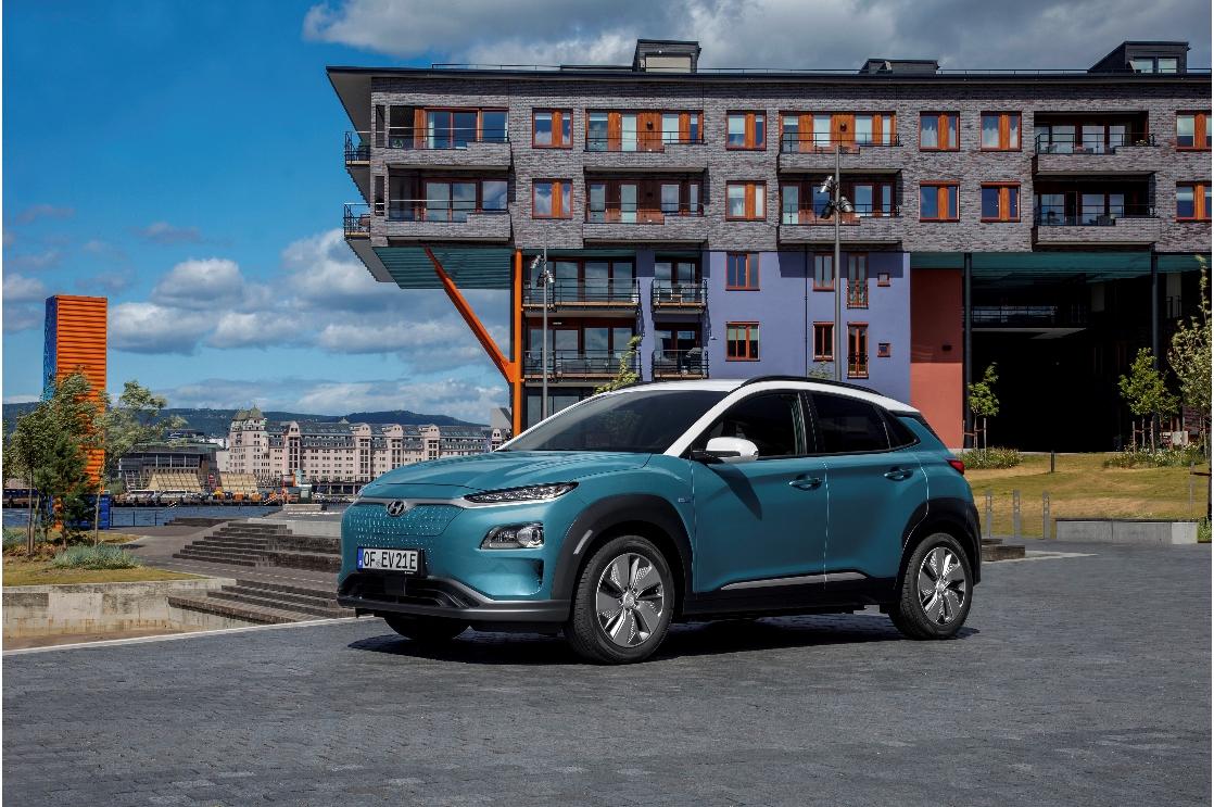 Hyundai Kona Electric nhận nhiều phản hồi tich cực tại TopGear